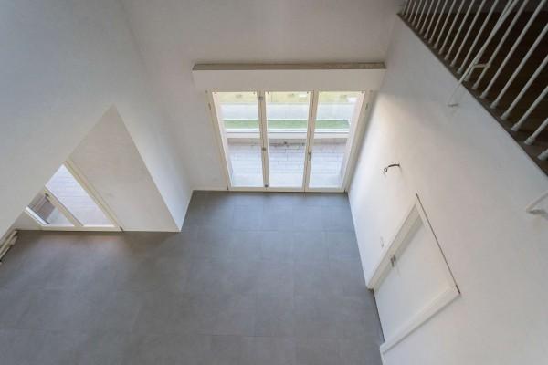 Appartamento in vendita a Cernusco sul Naviglio, Con giardino, 201 mq