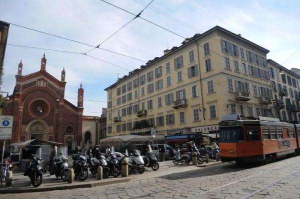 Locale Commerciale  in vendita a Milano, Brera, Arredato, 70 mq