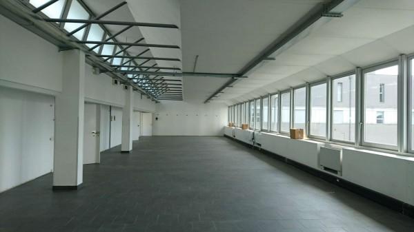 Ufficio in affitto a Milano, Savona, 867 mq