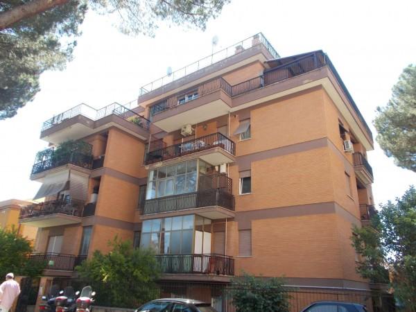Appartamento in vendita a Roma, Montemario, 75 mq
