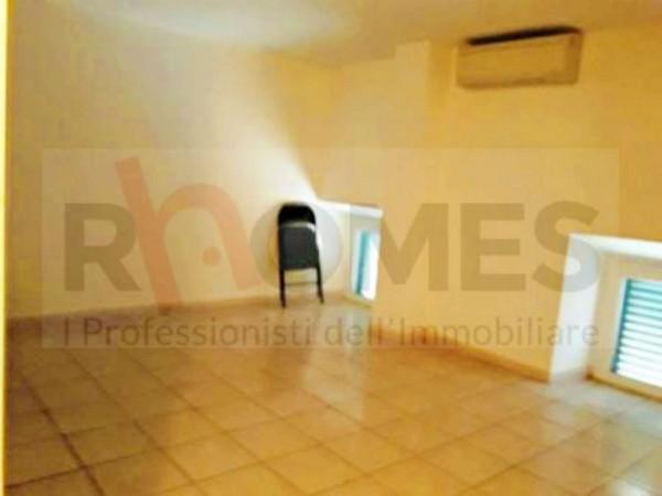 Locale Commerciale  in affitto a Roma, Centocelle, 60 mq