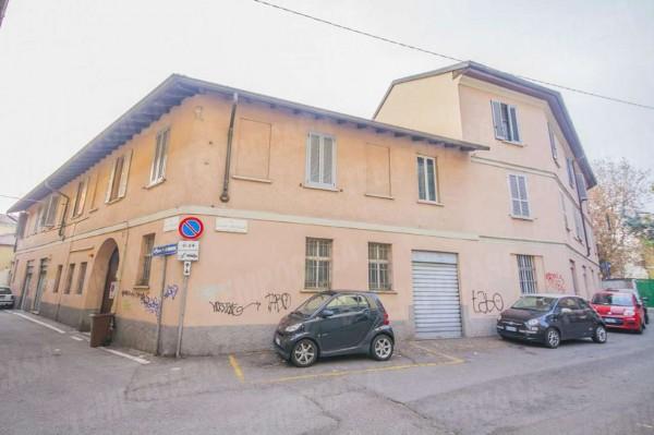 Negozio in vendita a Milano, Affori Centro, 55 mq
