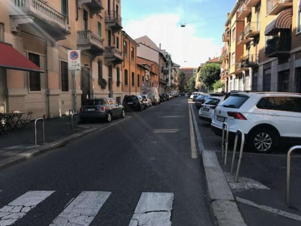 Locale Commerciale  in vendita a Milano, Navigli/san Gottardo, 100 mq