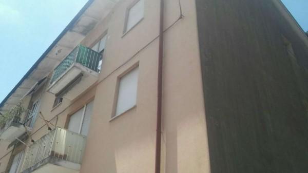 Appartamento in vendita a Gallarate, Residenziale, Con giardino, 90 mq