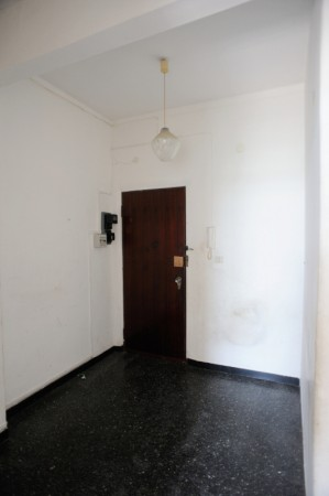 Appartamento in vendita a Genova, Prà, 60 mq