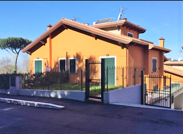 Villa in vendita a Marino, Con giardino, 120 mq
