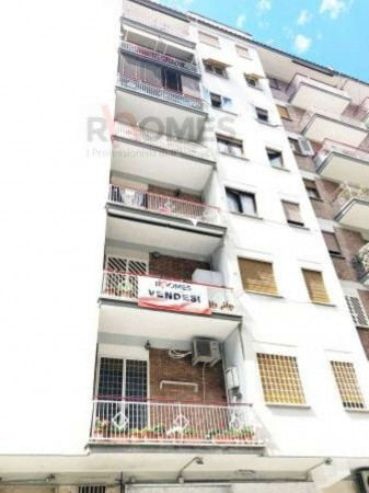 Appartamento in vendita a Roma, Tuscolana, Con giardino, 80 mq