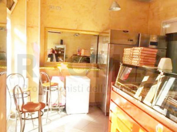 Locale Commerciale  in vendita a Roma, Appio Claudio, Arredato, 45 mq