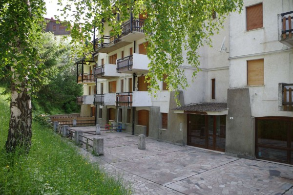 Appartamento in vendita a Viola, Centro, 55 mq