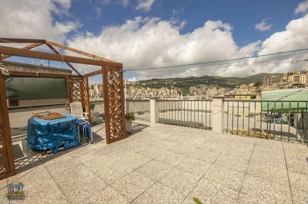Appartamento in vendita a Genova, Arredato, 92 mq