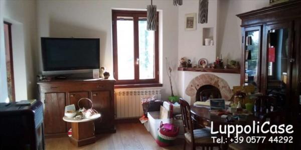 Appartamento in vendita a Asciano, Con giardino, 90 mq