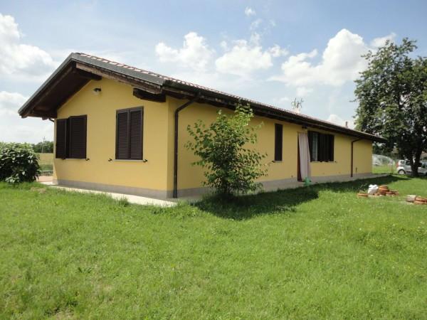 Villa in vendita a Oviglio, Con giardino, 130 mq