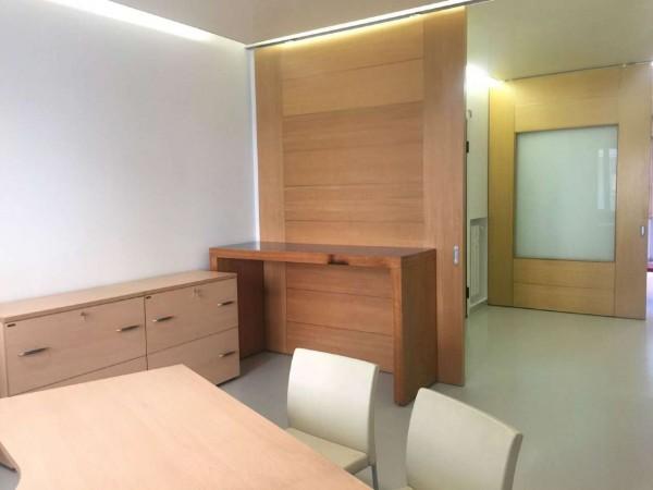 Ufficio in affitto a Torino, 120 mq