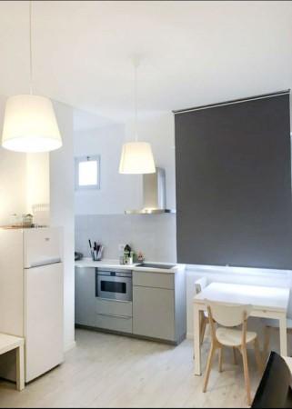 Appartamento in affitto a Milano, Brenta, Arredato, 50 mq
