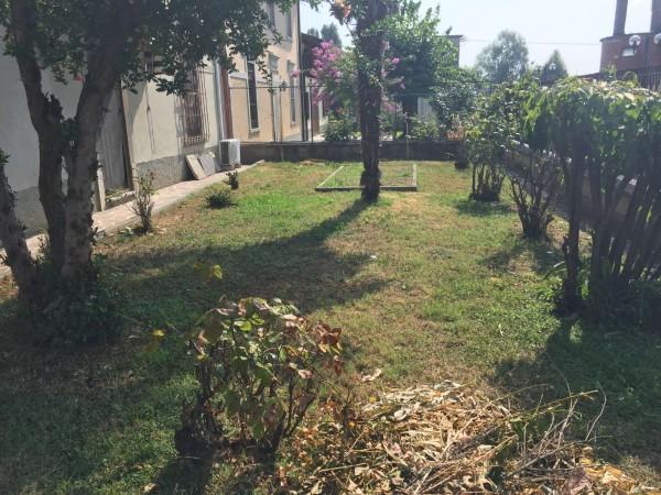 Villa in vendita a Ossago Lodigiano, Con giardino, 170 mq