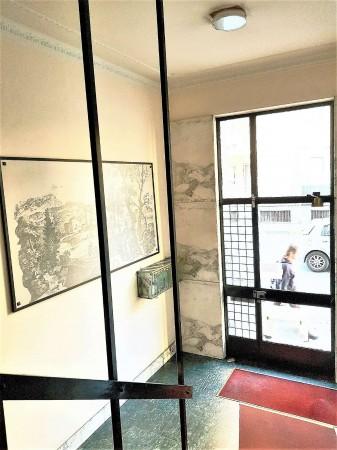 Ufficio in vendita a Nichelino, 65 mq