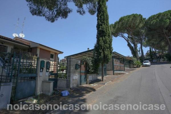 Villa in vendita a Roma, Pisana - Bravetta, Con giardino, 100 mq