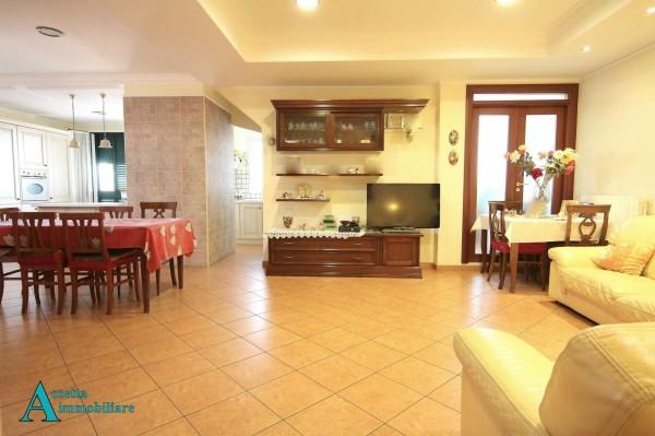 Appartamento in vendita a Taranto, Semicentrale, 152 mq