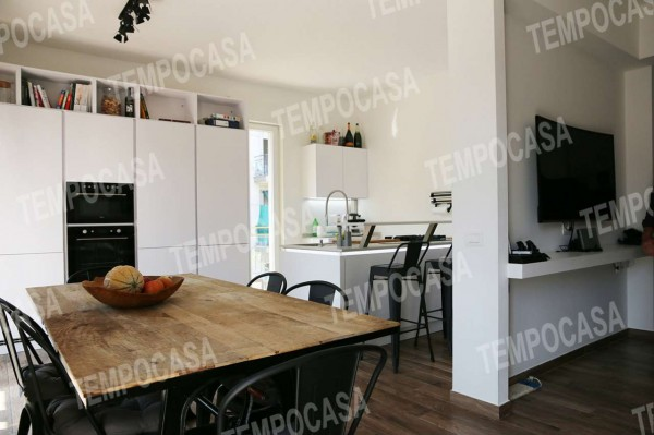 Appartamento in vendita a Milano, Affori Centro, Con giardino, 110 mq