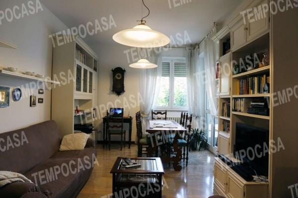 Appartamento in vendita a Milano, Affori Centro, Arredato, con giardino, 110 mq