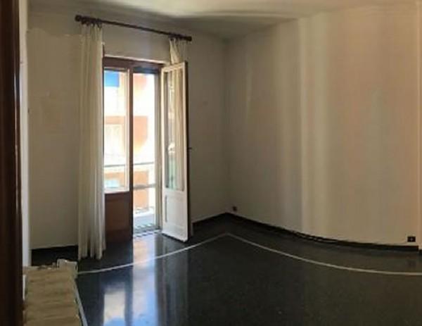 Appartamento in vendita a Genova, Manin, 60 mq