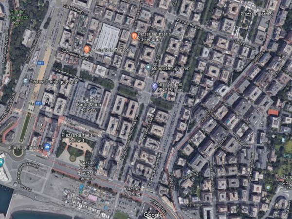 Cessione di locale commerciale  a Genova, Foce, 70 mq