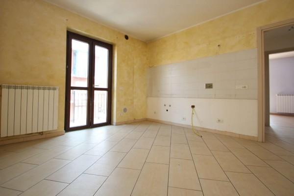 Appartamento in affitto a Torino, Rebaudengo, Con giardino, 60 mq