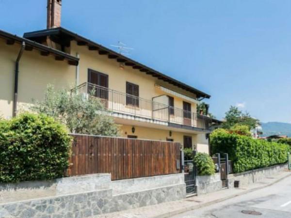 Villetta a schiera in vendita a Besozzo, Con giardino, 156 mq