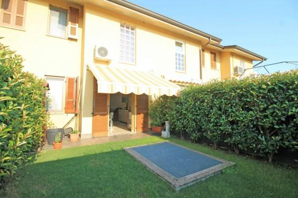Villetta a schiera in vendita a Cassano d'Adda, Groppello, Con giardino, 127 mq