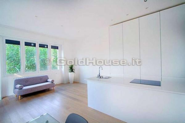 Appartamento in vendita a Milano, San Vittore, 74 mq