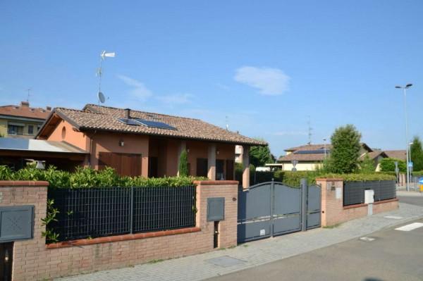 Casa indipendente in vendita a Sant'Agata Bolognese, Con giardino, 135 mq