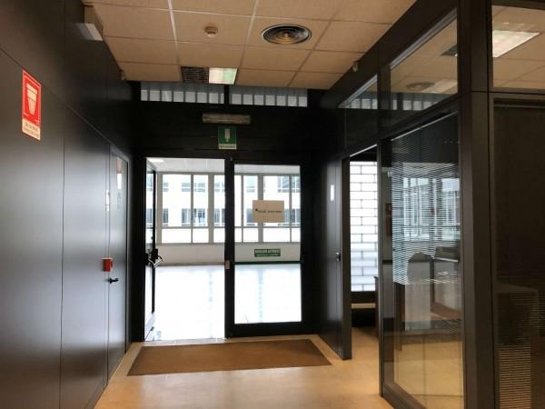 Ufficio in vendita a Torino, 300 mq