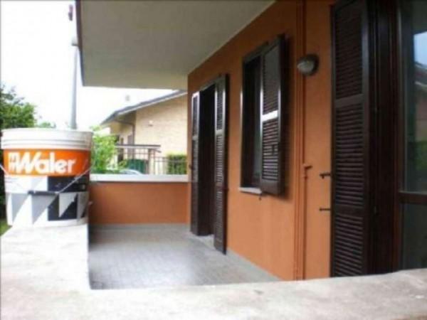 Appartamento in affitto a Cesate, Con giardino, 90 mq