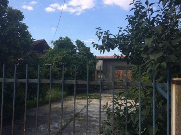 Rustico/Casale in vendita a Piobesi Torinese, Tetti Cavalloni, Con giardino, 190 mq