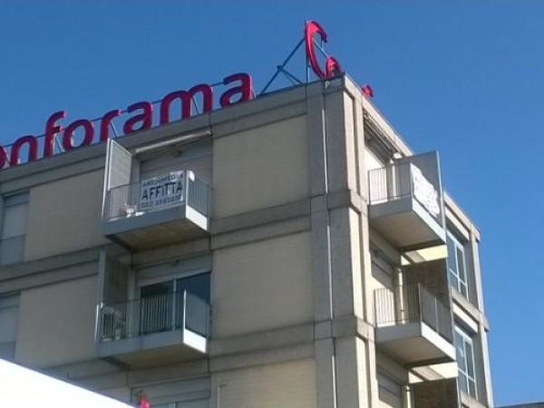 Locale Commerciale  in affitto a Castel Mella, Castel Mella, 55 mq