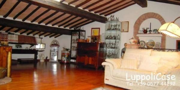 Appartamento in vendita a Siena, Con giardino, 160 mq