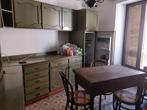 Appartamento in vendita a Alessandria, Centro, 80 mq