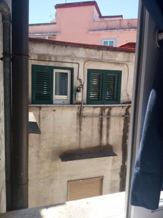 Appartamento in vendita a Napoli, Vomero, 65 mq