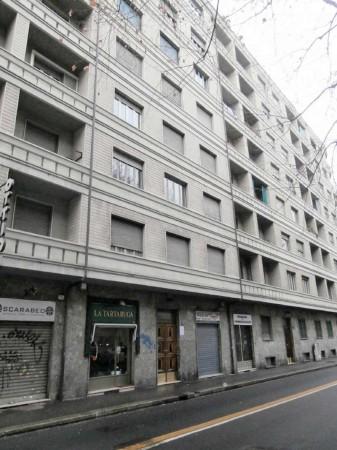 Appartamento in vendita a Torino, 140 mq