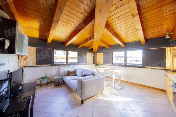 Appartamento in vendita a Milano, Affori Centro, Con giardino, 65 mq