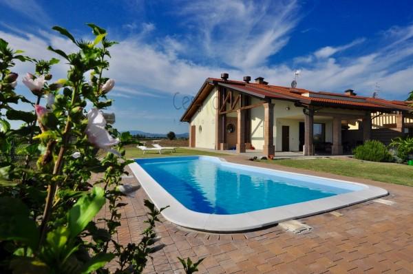 Casa indipendente in vendita a Cesenatico, Sala, Con giardino, 300 mq