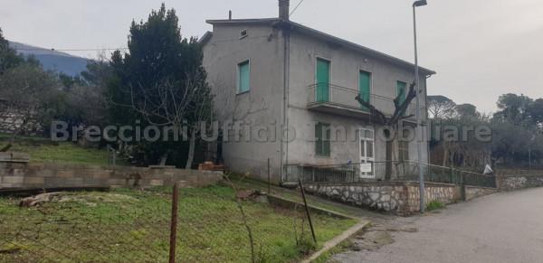Casa indipendente in vendita a Trevi, Pigge, Con giardino, 180 mq