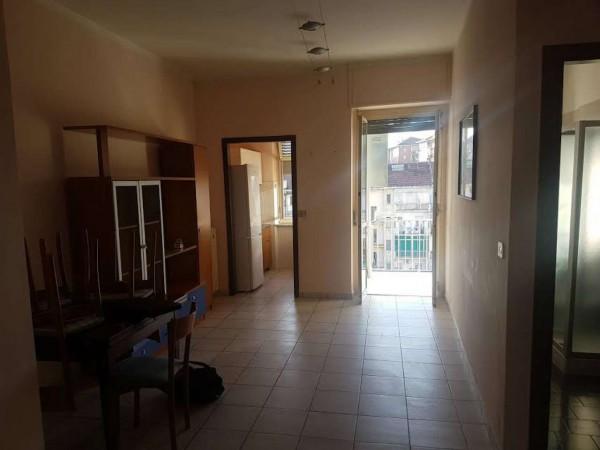 Appartamento in vendita a Torino, Mirafiori, 60 mq