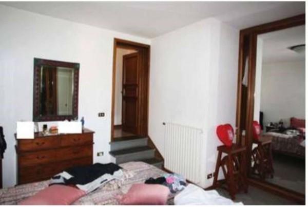 Casa indipendente in vendita a Campi Bisenzio, Centro, 76 mq