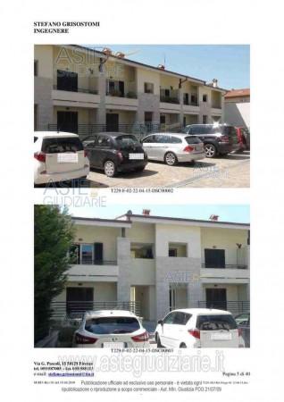 Appartamento in vendita a Sesto Fiorentino, Centro, Con giardino, 58 mq