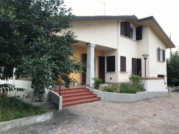 Villa in affitto a Budrio, Con giardino, 180 mq