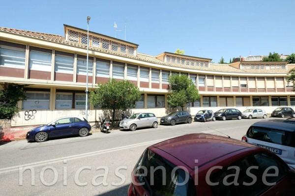 Ufficio in affitto a Roma, Eur, 180 mq