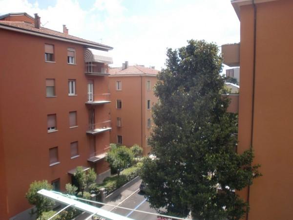 Appartamento in vendita a Bologna, 98 mq