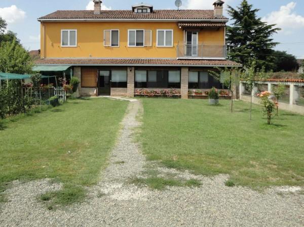 Casa indipendente in vendita a Alessandria, San Giuliano, Con giardino, 300 mq