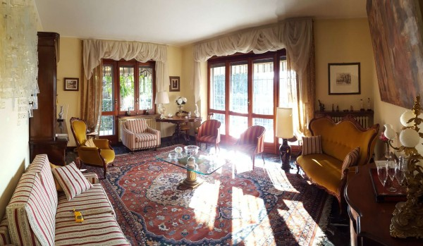 Casa indipendente in vendita a Rivalta di Torino, Con giardino, 300 mq